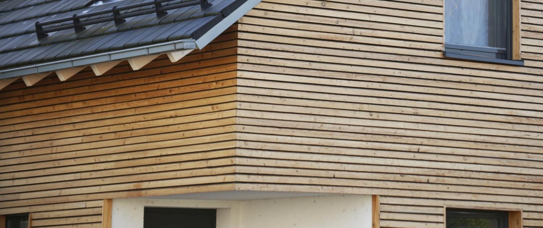 Zimmerarbeiten Fassade aus Holz